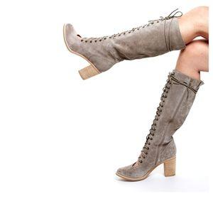 Jeffrey Campbell Bronx Gladiator sandal boots 10
